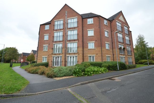 Thumbnail Flat for sale in Hedgerow Close, Greenlands, Redditch