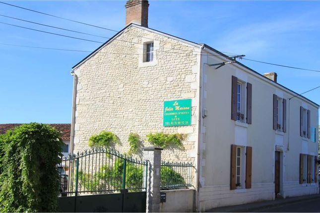 9 bed detached house for sale in 85000, Le Langon, Fontenay-Le-Comte, Vendée, Loire, France