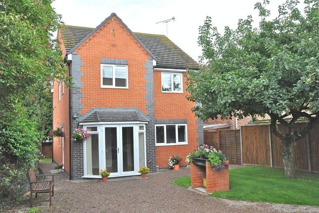 Thumbnail Detached house for sale in Bretforton Road, Honeybourne, Evesham