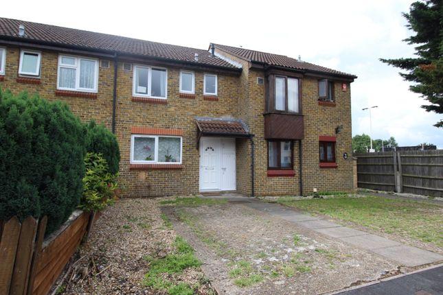 Thumbnail Terraced house for sale in School Lane, Egham