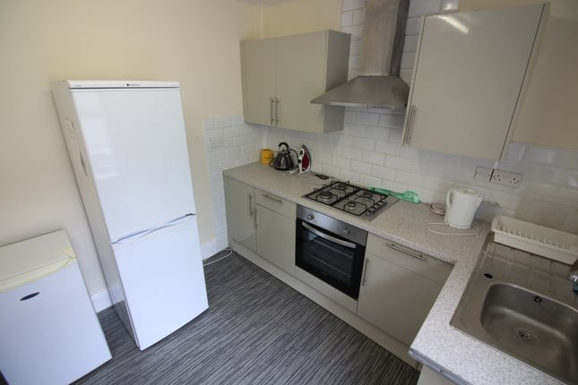 Thumbnail Terraced house to rent in City Road, Roath, Cardiff
