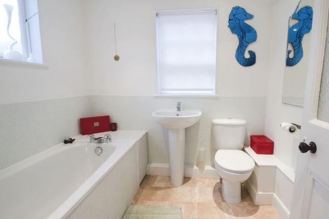 Bathroom of Drake Road, Tavistock PL19