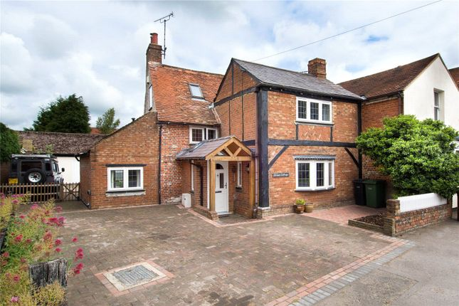 Thumbnail Semi-detached house for sale in Lower Icknield Way, Chinnor