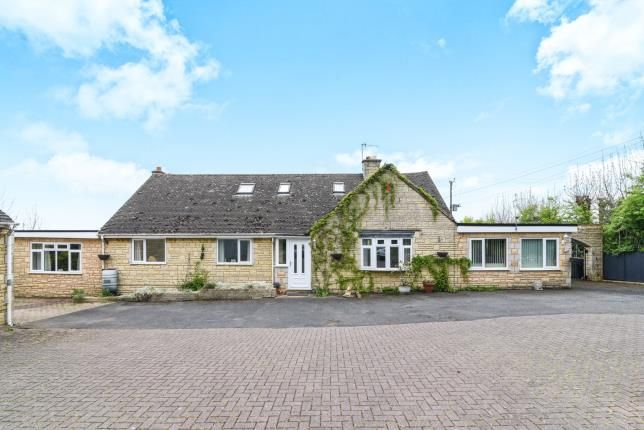 Thumbnail Detached house for sale in Evesham Road, Broadway, Worcestershire, .