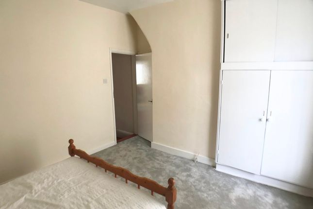 Terraced house to rent in Barnes St, Clayton Le Moors
