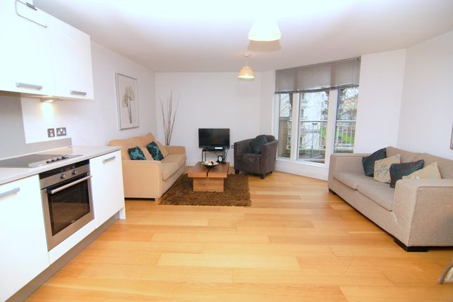 2 bed flat to rent in Canada Street, Canada Water