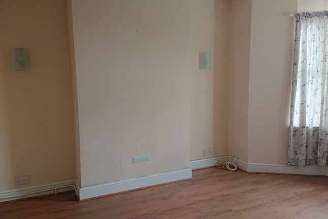 4 bed terraced house to rent in Lightfoot Street, Hoole, Chester CH2
