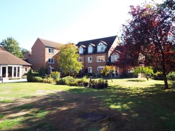Thumbnail Property for sale in High Street, Sandhurst, Berkshire