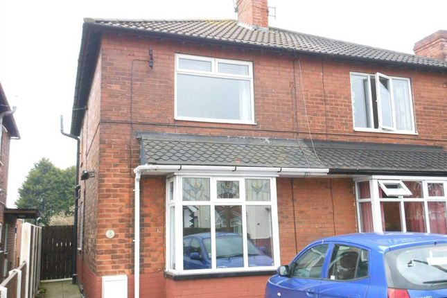 Thumbnail Semi-detached house to rent in Comforts Avenue, Scunthorpe