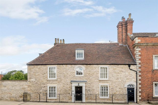 Thumbnail Detached house to rent in Eastgate, Lincoln