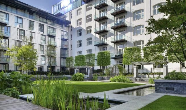 Thumbnail Flat for sale in Kingwood Gardens, Goodman's Field, Leman Street, Aldgate, London