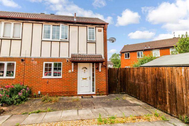 Thumbnail Semi-detached house for sale in Brakesmead, Leamington Spa