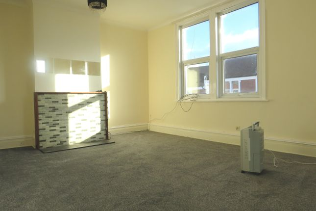 Thumbnail Flat to rent in North Street, Bedminster, Bristol
