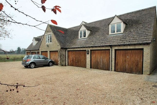 Thumbnail Property for sale in Lygon Court, Fairford, Gloucestershire.