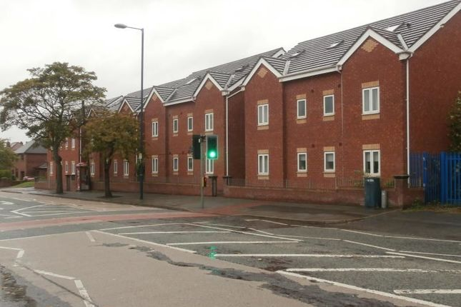 Stockport Road Denton Manchester M34 2 Bedroom Flat To Rent 43197179 Primelocation