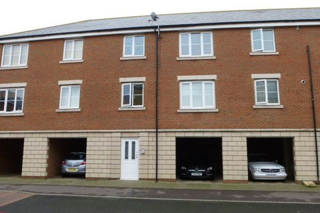 Thumbnail Flat to rent in Ladbrooke Road, Great Yarmouth