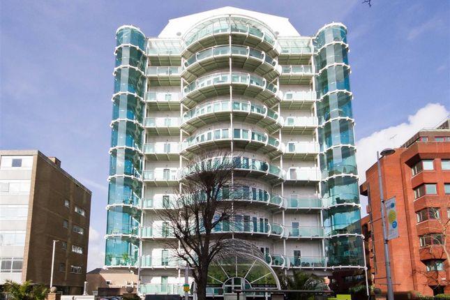 Flat to rent in Uxbridge Road, London