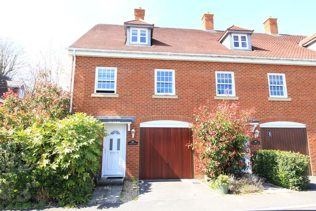Thumbnail Semi-detached house to rent in Sutton Park Road, Sutton Scotney, Winchester