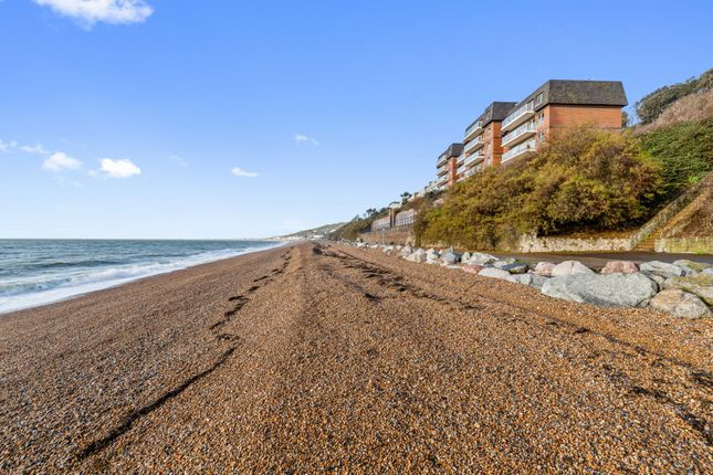 Thumbnail Flat for sale in Marine Point, Radnor Cliff, Folkestone