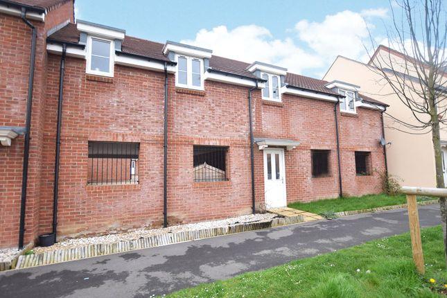 Thumbnail Maisonette to rent in Eagle Way, Bracknell, Berkshire