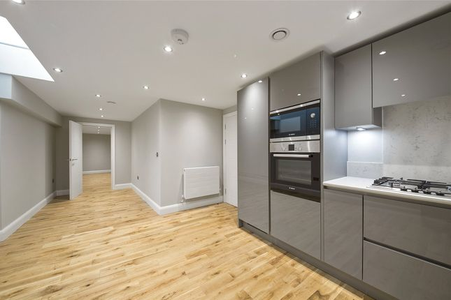 Thumbnail Property to rent in Woodland Crescent, London