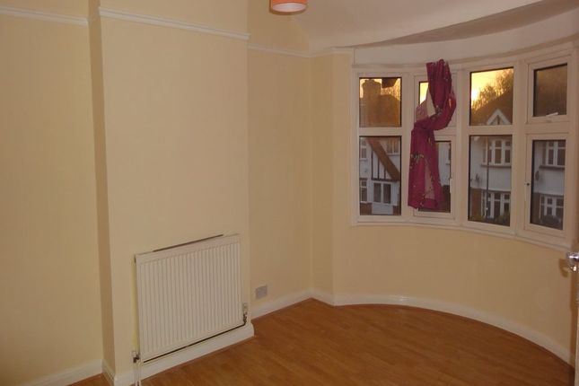 3 bed semi-detached house to rent in Belsize Road, Harrow Weald, Middlesex
