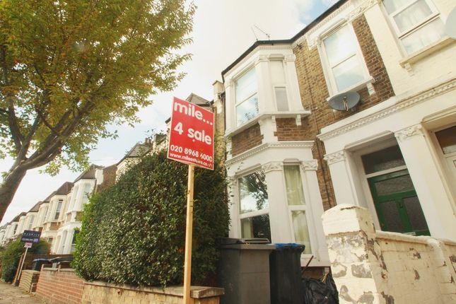 Thumbnail Flat for sale in Wakeman Road, London