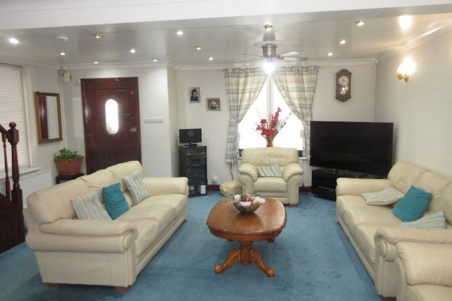 Thumbnail End terrace house to rent in Dane Road, Southall, Middlesex
