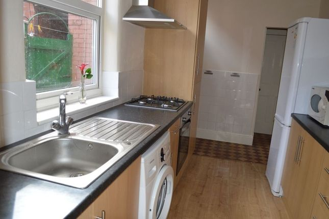 Thumbnail Property to rent in Lorne Road, Leicester