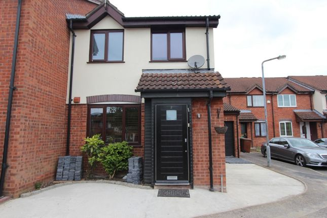 Thumbnail Terraced house to rent in Hawkins Close, Borehamwood