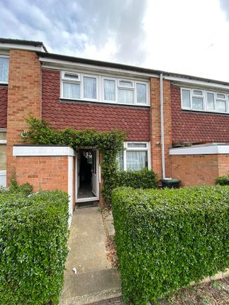 3 bed terraced house to rent in Waltham Garden, Enfield EN3