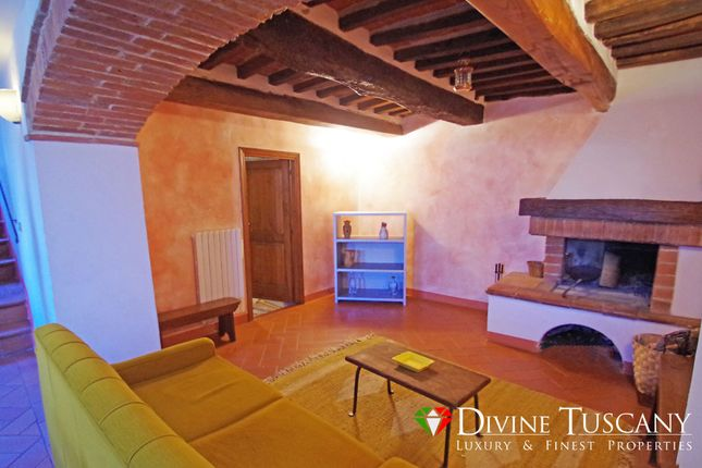 3 bed town house for sale in Via Talosa, Montepulciano, Siena, Tuscany, Italy