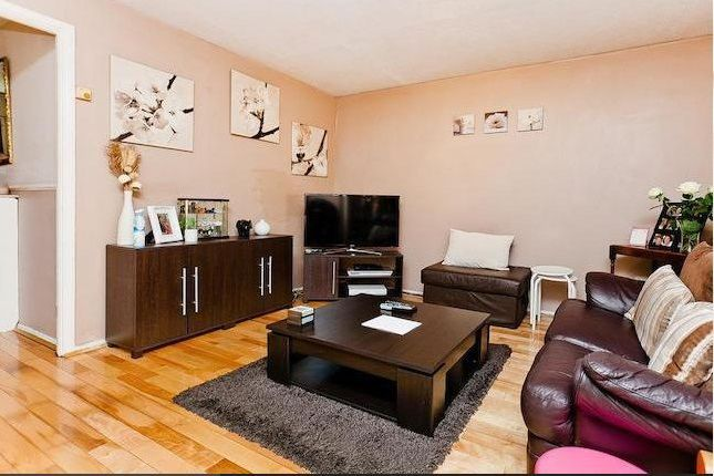3 bed terraced house to rent in Shirland Mews, London