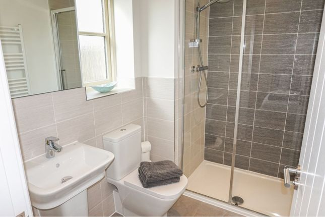 En-Suite Two of Jacobs Piece, Fairford GL7