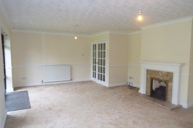 3 bed detached bungalow to rent in Wilnecote, Tamworth B77