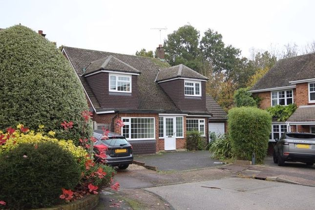 Thumbnail Detached house for sale in Whadden Chase, Ingatestone