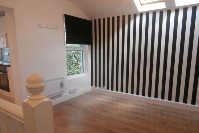 Flat to rent in Alton Mews, Canterbury Street, Gillingham