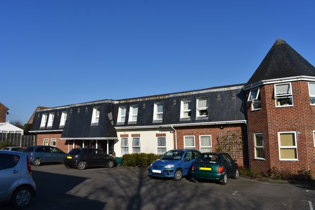 1 bed flat for sale in Bath Road, Sturminster Newton DT10