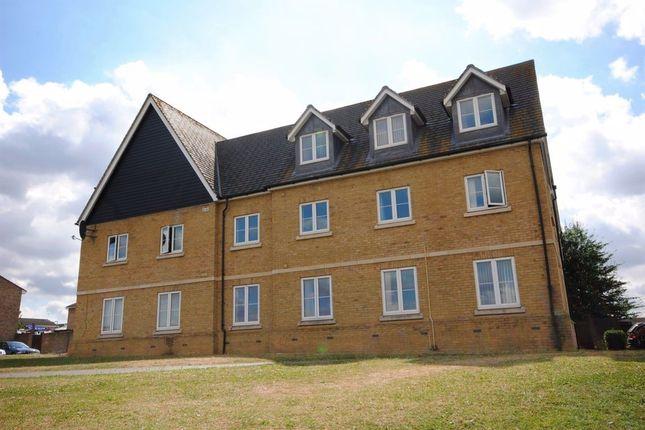 Thumbnail Flat to rent in Balmoral Court, Edinborough Gardens