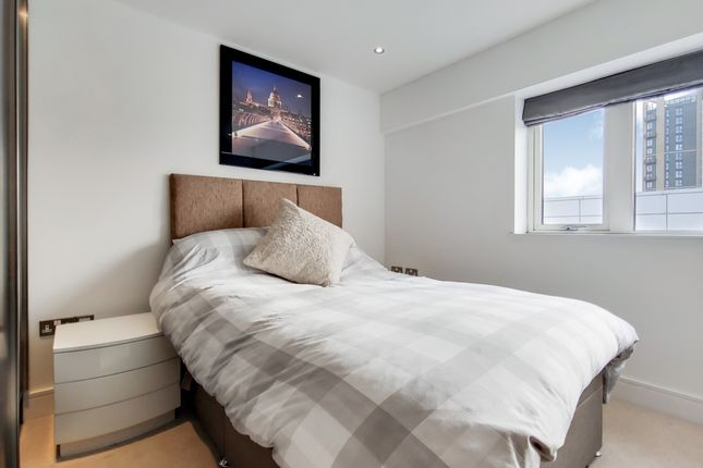 5_Bedroom 2-0 of Dowells Street, London SE10