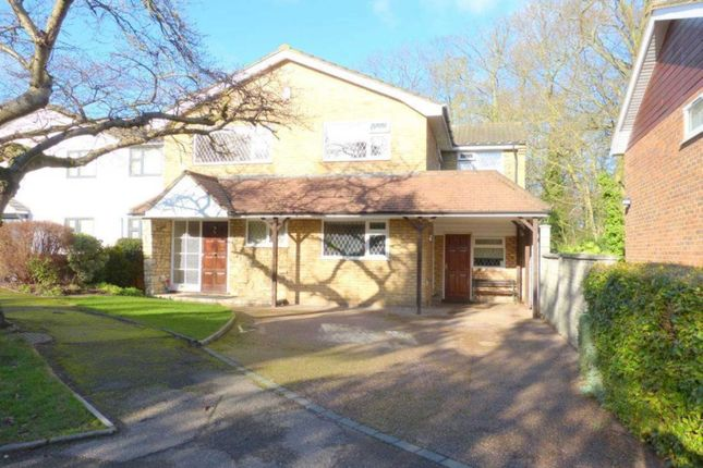 Thumbnail Detached house for sale in Woodside, Elstree, Borehamwood