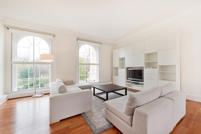Thumbnail Flat to rent in York Terrace West, London