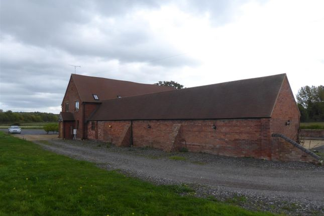 Thumbnail Barn conversion to rent in Barford Road, Sherbourne, Warwick