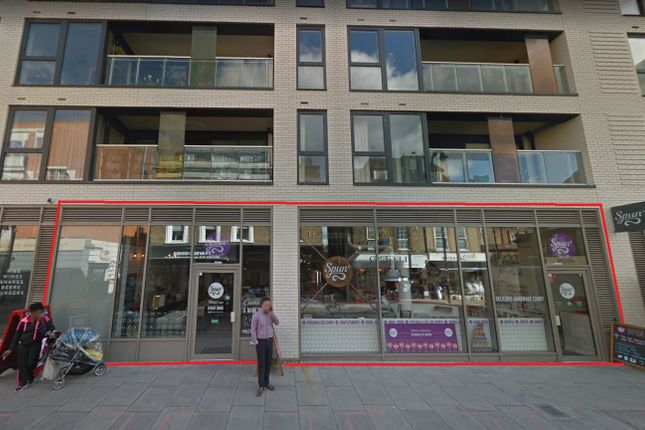 Restaurant/cafe to let in Wentworth Street, London