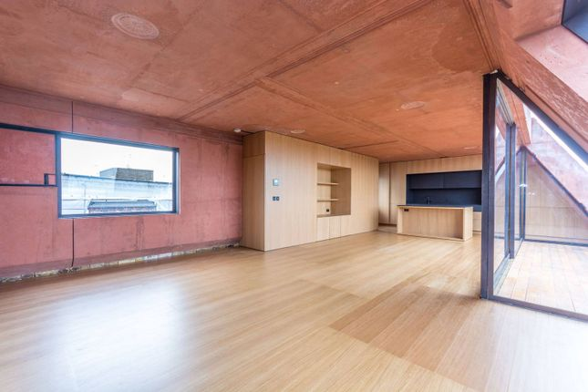 Thumbnail Flat to rent in Upper Street, Islington