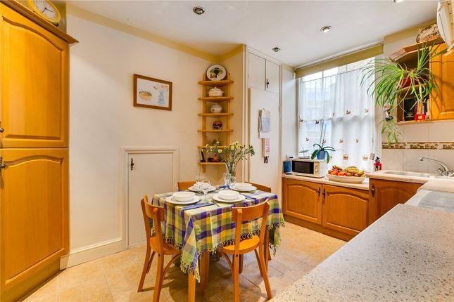 Kitchen of Sutherland Street, London SW1V