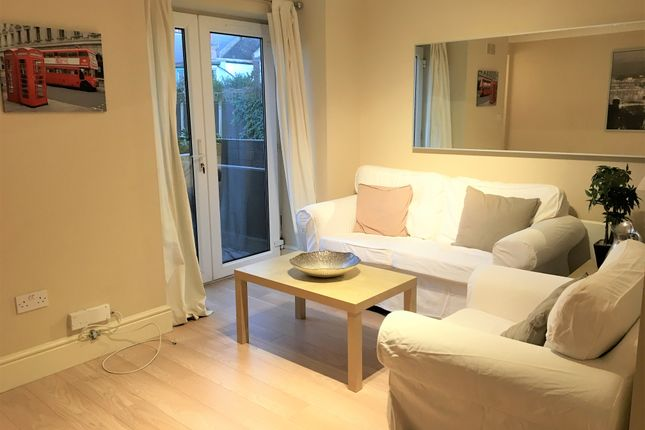 Thumbnail Flat to rent in Kingswood Terrace, Chiswick, London