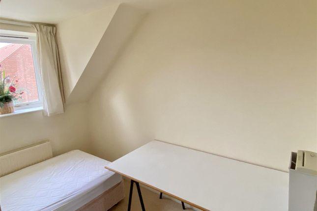Bedroom 2 of Church Meadow, Claypole, Newark NG23