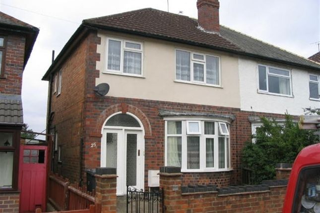 3 bed property to rent in Bonnington Road, Knighton, Leicester