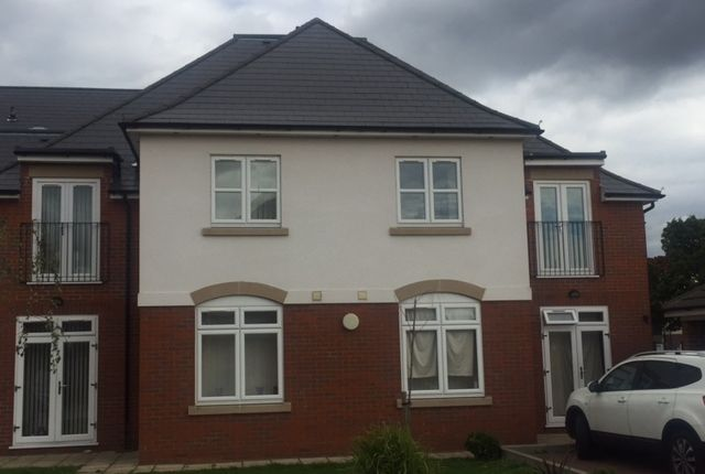 Thumbnail Flat to rent in Hatton Road, Feltham